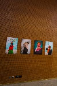 action culturelle, artistique, arts plastiques, auditorium dijon, autoportrait, coiffe, costume, détenue, féminité, femme, identité, julia morlot, maison d'arrêt, maison d'arrêt de dijon, marion bidaud, masque, opéra de dijon, ornement, portrait, prison,