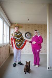 les époux arnolfini jan van eyck hlm mexicain et madone en jogging rose chien autoportrait,handicap Acodège