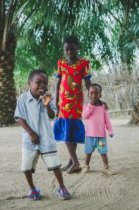 afrique, bénin, mission humanitaire, orphelinat, photo de voyage, portrait, reportage, volontariat,mission humanitaire