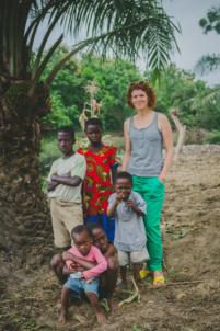 groupe d'orphelins béninois et européenne,mission humanitaire