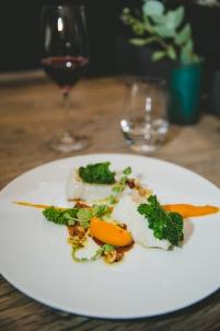 plat, table, verre de vin, restaurant,Dijon Bourgogne
