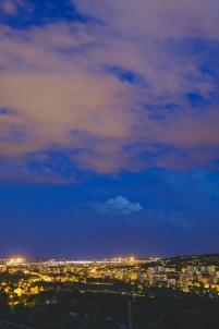 vue nocturne, une ville la nuit, éclairage urbain, plateau de talant, nuages,Dijon Bourgogne